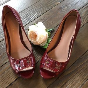 Etienne Aigner red buckle front open toe heels